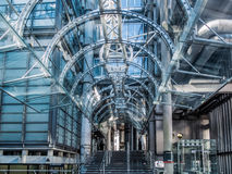 LONDON, GROSSBRITANNIEN - 14. JUNI: Lloyds von London-Gebäude an einem sonnigen Tag Stockfotos