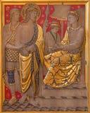 LONDON, GROSSBRITANNIEN - 17. SEPTEMBER 2017: Das Jesus-Urteil für Pilatus als die Station des Kreuzes in der Kirche von St James Lizenzfreie Stockbilder