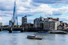 London höga byggnader royaltyfri fotografi