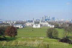 London horisont som ses från den Greenwich parken Arkivfoto