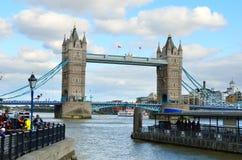 London horisontlandskap med Big Ben, slott av Westminster, London öga, Westminster bro, flodThemsen, London, England, UK Royaltyfria Bilder
