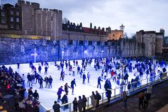 London  ice-skate in tower of London  peoples walking Stock Photography