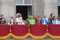 London im Juni 2016 - sammelnd des 90. der Geburtstag der Farbekönigin-Elizabeths Stockfotos
