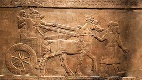 LONDON, Jagd Königs Lebhafter, beweglicher Effekt der Entlastung vom Palast von Assurbanipal in Ninive, Assyria stock video footage