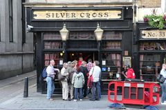 LONDON - JUNE 19: At exterior of pub, for drinking and socializi Royalty Free Stock Images