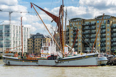 LONDON - JUNE 25 : Thames barge moored on the River Thames in Lo Royalty Free Stock Photo