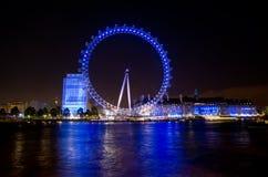 LONDON - JUNI 16: London öga på Juni 16, 2012 Arkivfoto