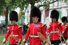 London Juni 2016 - gå i skaror färgen göra till drottning Elizabeths 90th födelsedag Royaltyfria Bilder