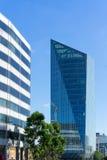 LONDON - JUNI 10: Moderna byggnader på Southbanken i den London nollan Royaltyfri Fotografi