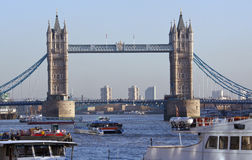 London - Kontrollturm-Brücke - England Lizenzfreie Stockbilder