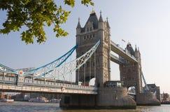 London-Kontrollturm-Brücke Stockfotografie