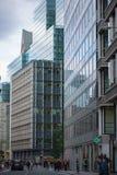 London lägenheter som bygger arbete för ställe för affärskontor Royaltyfria Foton