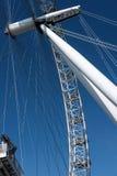 LONDON - 13. MÄRZ: Ansicht des London-Auges in London am 13. März, 201 Stockfotografie