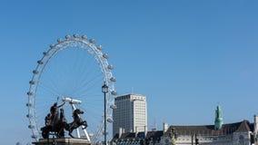 LONDON - 13. MÄRZ: Bronzeskulptur durch Thomas Thornycroft-commemo Stockfoto