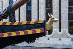 LONDON - 13. MÄRZ: Das goldene Hinter in London am 13. März 2016 Stockbild