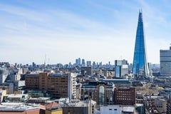 London - 30. März: Im Stadtzentrum gelegene Skyline Londons mit der Scherbe am 30. März 2017 Stockbild