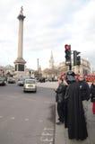Darth Vader Londons Trafalgar kvadrerar den områdes14th mars 2013 Fotografering för Bildbyråer