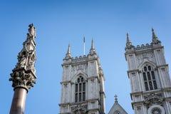 LONDON - MARS 13: Yttersida av den Westminster abbotskloster i London på Mars Fotografering för Bildbyråer