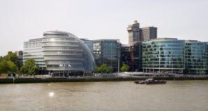 London - moder townhall auf dem Kai Lizenzfreies Stockbild