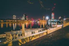 London-Nacht lizenzfreie stockfotografie