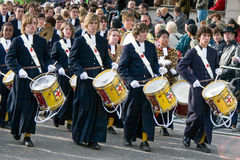 LONDON - NOVEMBER 12 : Christ's Hospital Horsham drummers marchi Royalty Free Stock Image