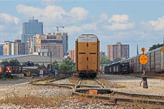 London Ontario horisont med fraktdrev Arkivbilder