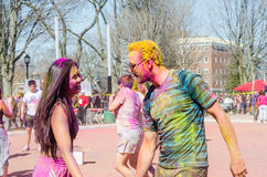 London Ontario, Kanada - April 16: Oidentifierat ungt färgrikt Arkivfoto