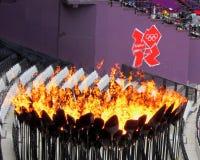 London OS:er spelar 2012 olympiska olympiska flammor Royaltyfria Bilder