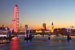 London på natten Arkivbild