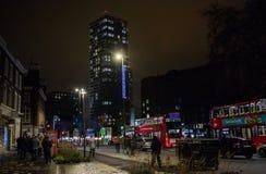 London på natten, Stratford royaltyfria foton