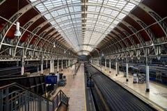 london paddingtonstation royaltyfria bilder