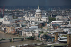 London-Panorama, St- Paulkathedrale und Stadt von London-Geschäft und von ein Bankkonto haben Bereich Stockfotografie
