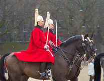 London-Pferdeschutz zu Pferd Stockfotografie