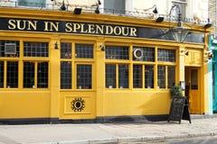 London pub Arkivbild