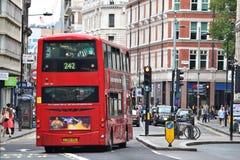 London röd buss Fotografering för Bildbyråer