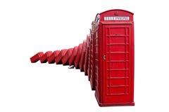 London-roter Telefonstand auf Weiß Stockbild