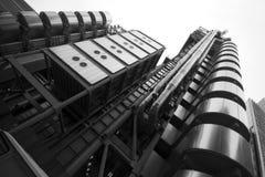 LONDON - SEPTEMBER 21: Den Lloyds byggnaden Arkivbilder