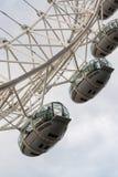LONDON - SEPTEMBER 28, 2013: Sikt av det London ögat, Europa talles Fotografering för Bildbyråer