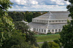 LONDON -SEPTEMBER 7 : The Temperate House at Kew Gardens on Sept Stock Photos