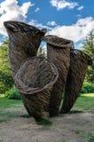 LONDON - SEPTEMBER 7: Toms Hares felik cirkel för svampar på Kew trädgårdar Royaltyfri Bild