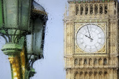 London sikter till och med exponeringsglaset Royaltyfri Foto