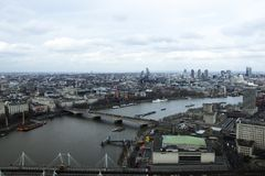 London-Skyline fotografiert vom London-Auge lizenzfreie stockfotos