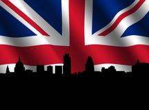 London-Skyline mit geplätscherter Markierungsfahne Stockbilder