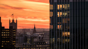London-Skylinesonnenuntergang stockbilder