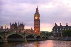 London solnedgång Stora Ben och hus av parlamentet, London Royaltyfria Bilder