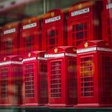 London souvenir Phoneboxes Royaltyfri Bild