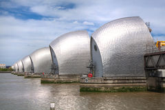 London-Sperre auf der die Themse-Ansicht Stockfotografie
