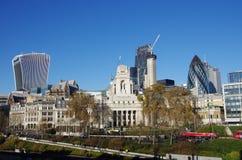 London stadshorisont som ses från tornet av London Royaltyfri Foto