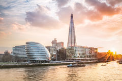 London stadshus med solnedgång Arkivbilder