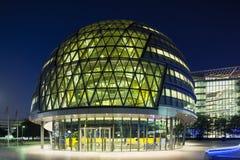 London stadshus på natten, ledare Royaltyfri Foto